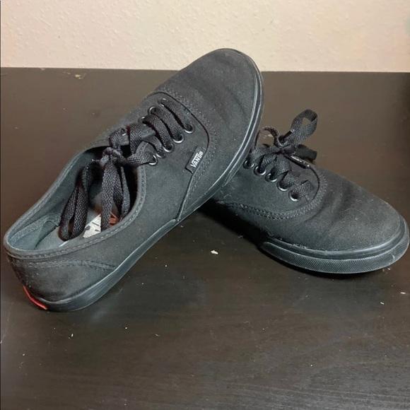 Vans Shoes   Vans 72356 Unisex Black On